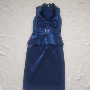 17195a5b9f898 Jessica Howard. Jessica Howard taffeta peplum ruffled v-neck dress